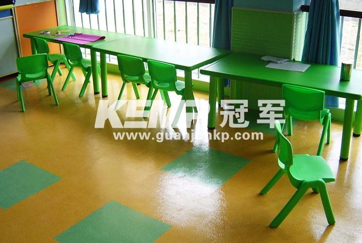 冠军PVC塑胶地板