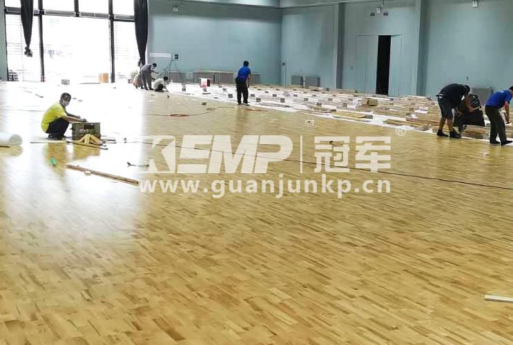 羽毛球场地实木地板施工图