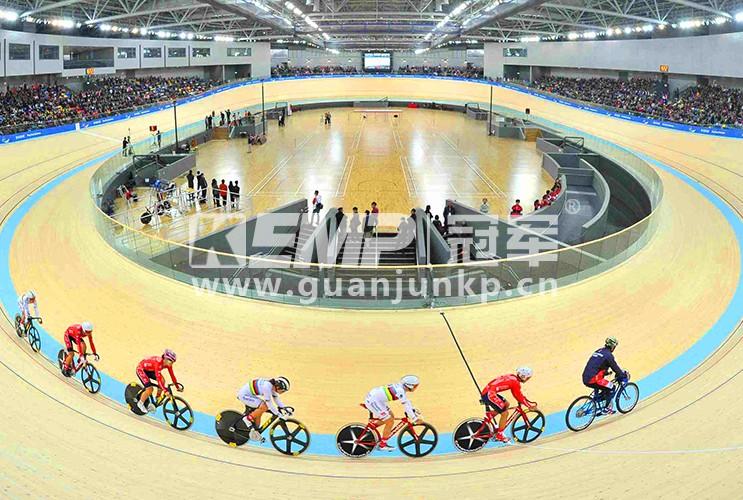 自行车木制赛道